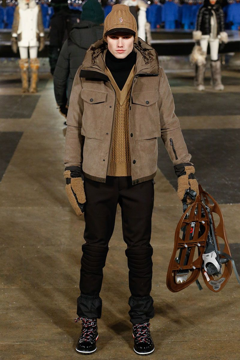 Catwalk photos and all the looks from Moncler Autumn Winter Ready-To-Wear New  York Fashion Week ee854a0fb05