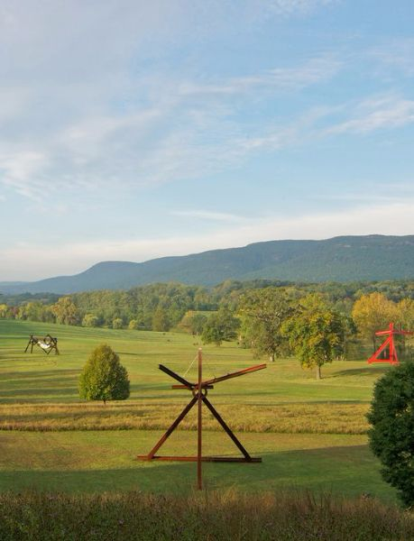 The Best Nyc Day Trip For Art Lovers New York City City Guide Storm King Art Center King
