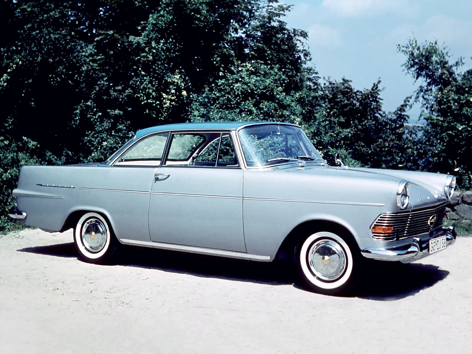 1960 63 opel rekord coupe p2 cars pinterest voiture voitures des ann es 50 and les coupes. Black Bedroom Furniture Sets. Home Design Ideas