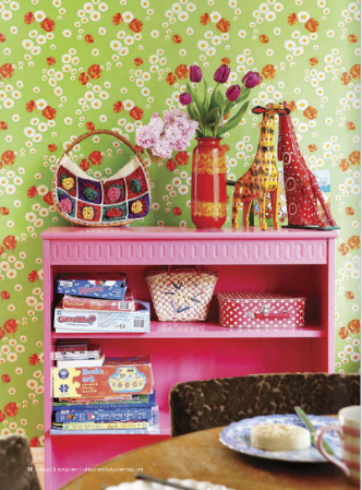 Vintage Poppy Wallpaper Bright Pink Bookcase Cottages