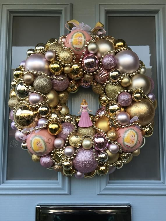 Bauble wreath - Once upon a dream #baublewreath