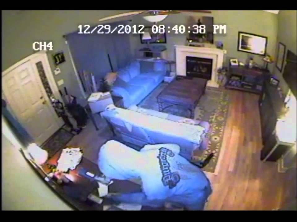 Real Home Surveillance Video Of Forcable Home Entry And Burglary Raleigh Nc 12 29 2012 Home Security Systems Home Security Tips Home Security