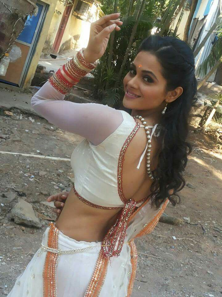 Marathi actress deepti shrikant goes hot in this white bareback marathi actress deepti shrikant goes hot in this white bareback blouse and extremely gorgeous saree marathi actress thecheapjerseys Choice Image