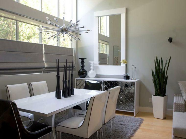 Pavimento Bianco Colore Pareti : Tavolo e sedie bianchi pavimento in parquet chiaro mobile bianco