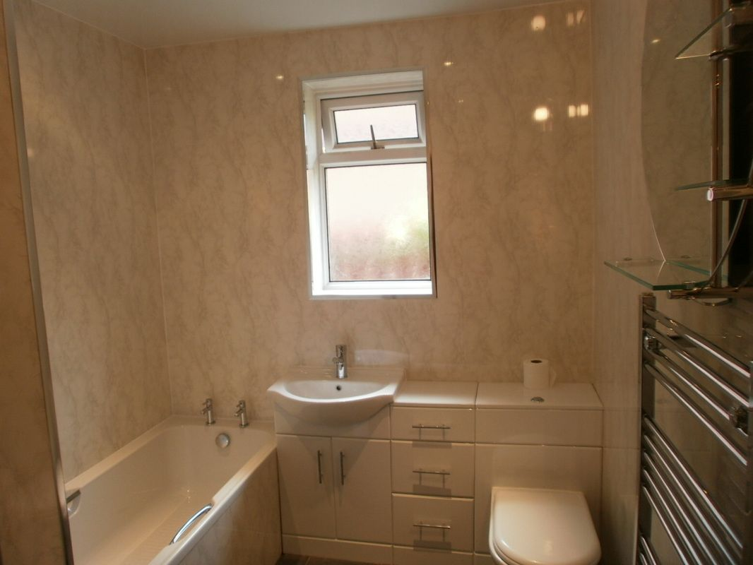 Bathroom wall covering ideas wall coverings - Shower wall material ideas ...