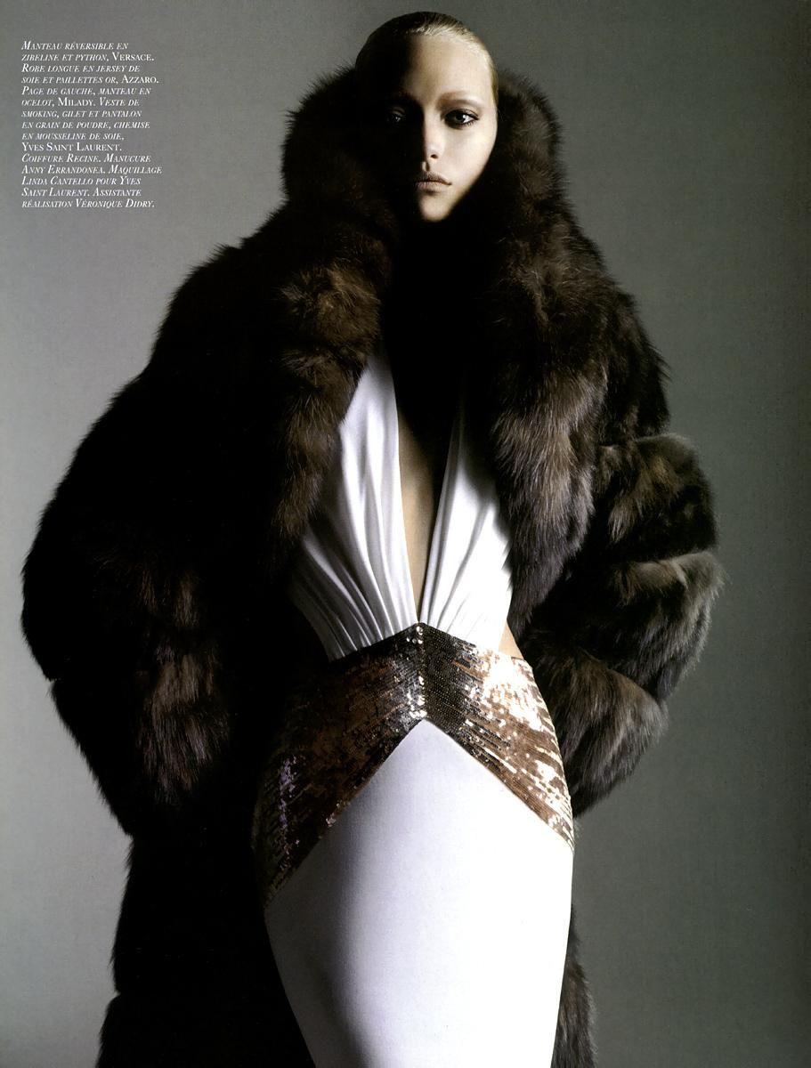 Vogue Paris, Dec-Jan 2005 Sans interdits photo : Mario Sorrenti style : Emmanuelle Alt model : Gemma
