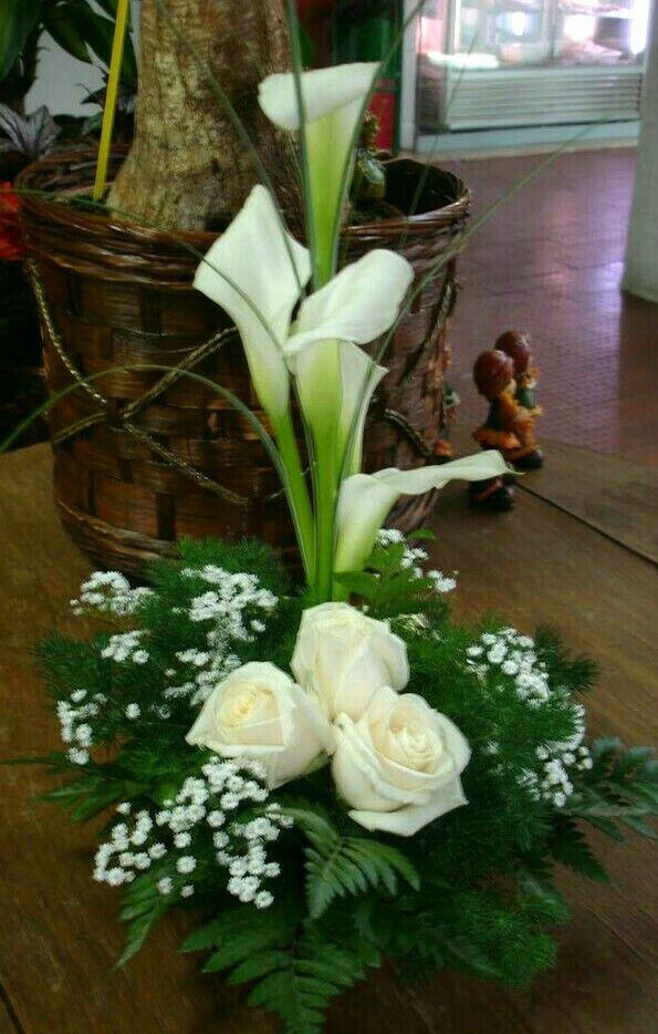 Pin De Natural Elegance Flores Con Estilo En Arreglos