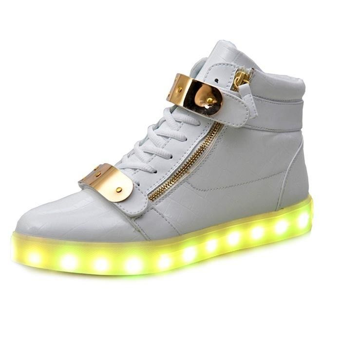Weiß Schuhe Mit LED & Metall Teller Und Zips