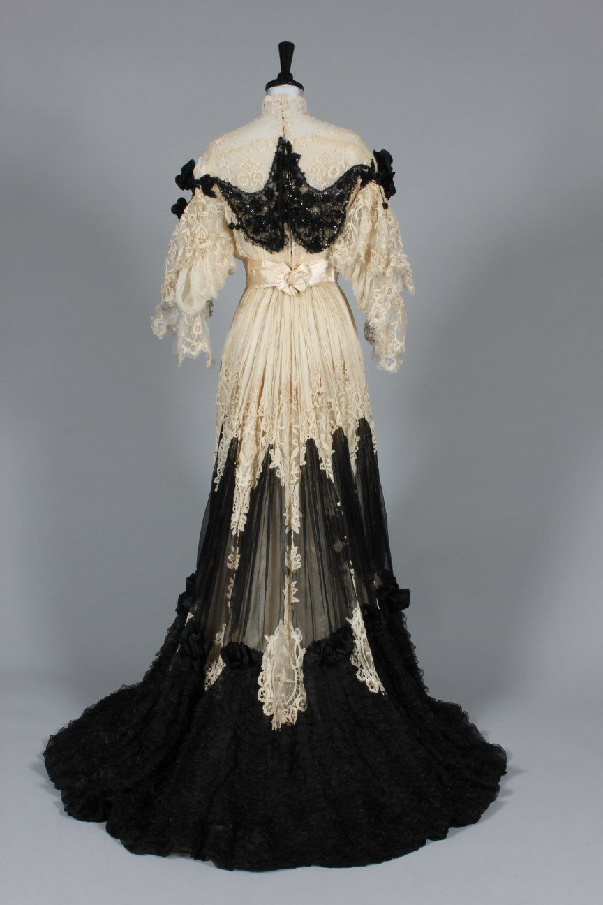 Evening dress ca. 1905  From Kerry Taylor Auctions