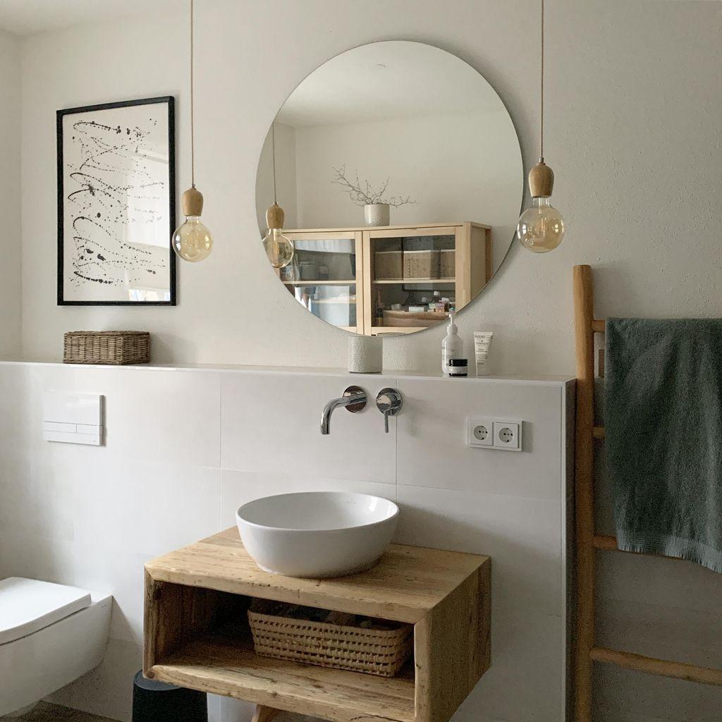 Erdgeschossbad Das Eigentlich Mal Eine Vorratsraum In 2020 Runde Badezimmerspiegel Waschbecken Bad Badezimmer Waschtische