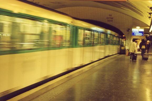 Parisian Metro through the eyes of onacloud