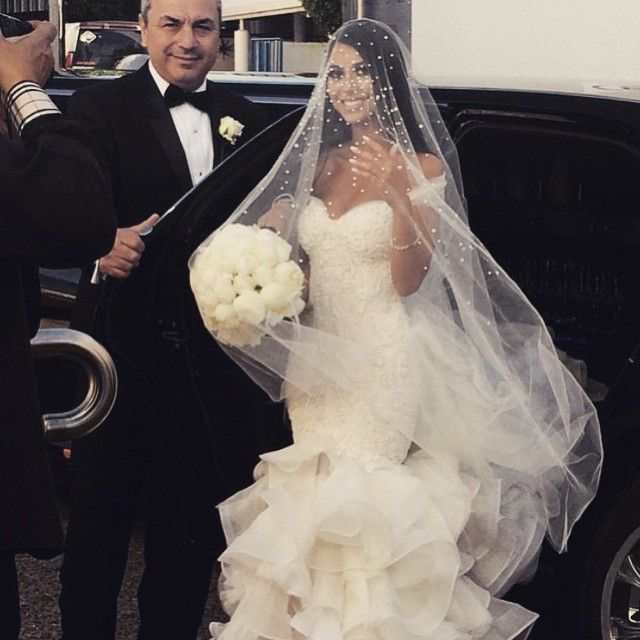 Cheap Wedding Transportation Ideas: @elinaa_x The Stunning Bride. Xx