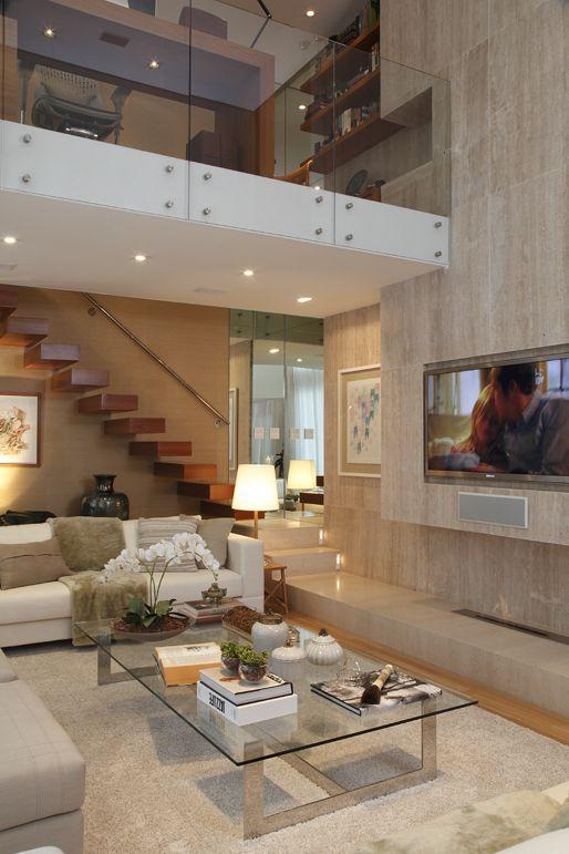 Apartamento de 290 m com mezanino moderno em s o paulo for Salones con escaleras interiores