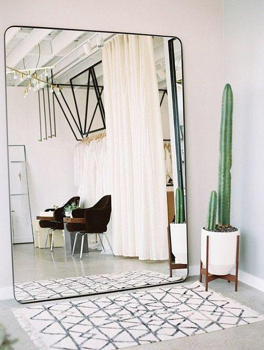 15 Trucchi Per Una Stanza Piu Grande Bohemian Modern Style From A San Francisco Girl Page 2 Minimalist Bedroom Home Decor