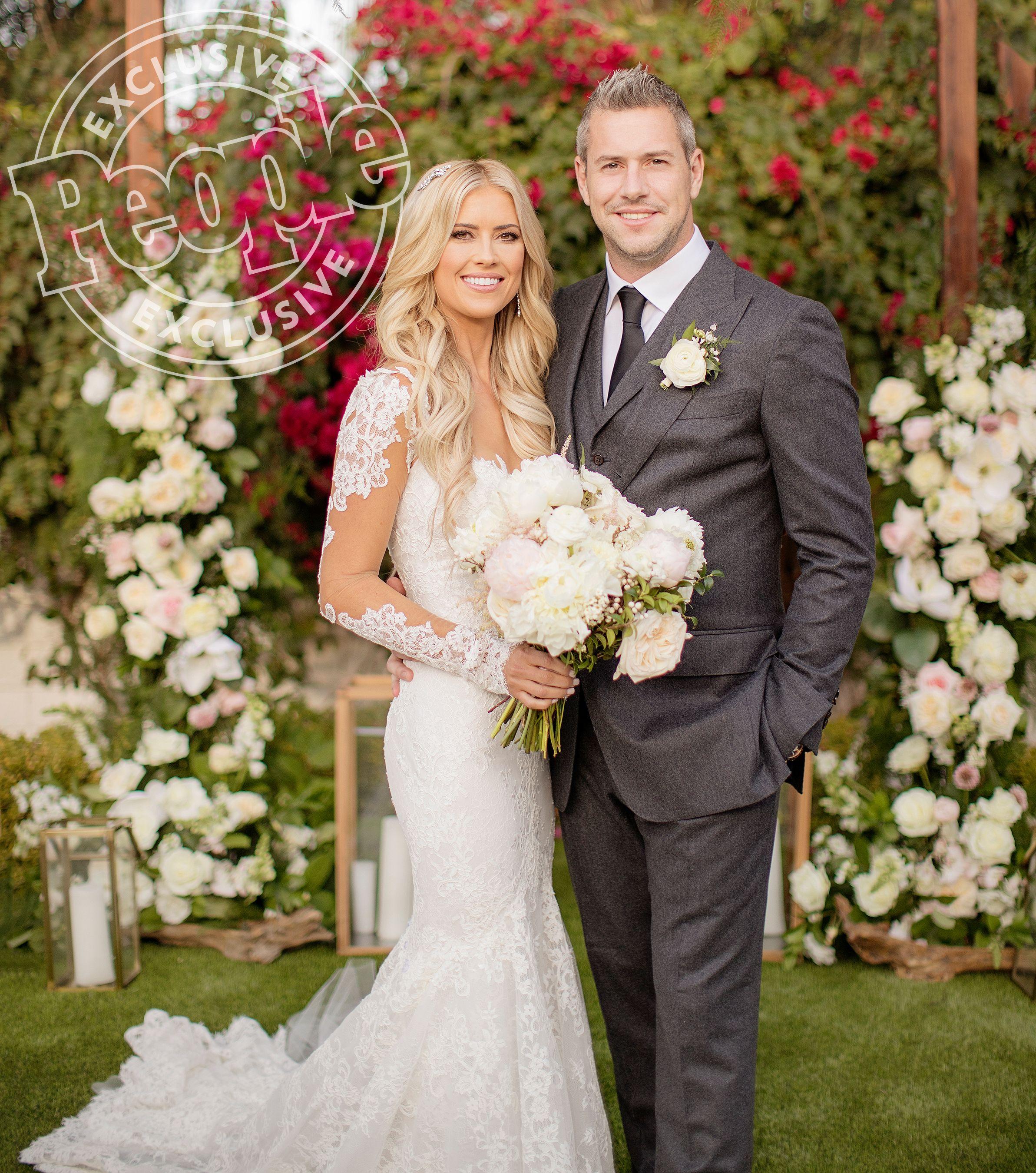 Christina El Moussa Is Married Inside Her Secret Winter Wonderland Wedding To Ant Anstead Wedding Dresses Celebrity Wedding Dresses Christina El Moussa