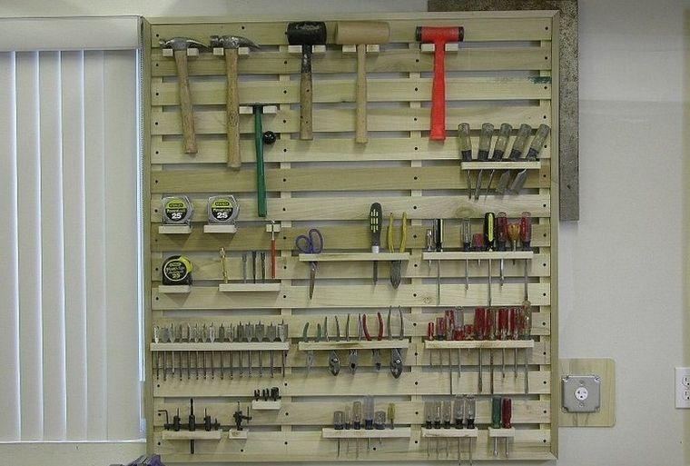Palette De Bois Rangement Idee Mur Garage Rangement Outils Jardin Pallet Projects Furniture Pallet Tool Tool Storage