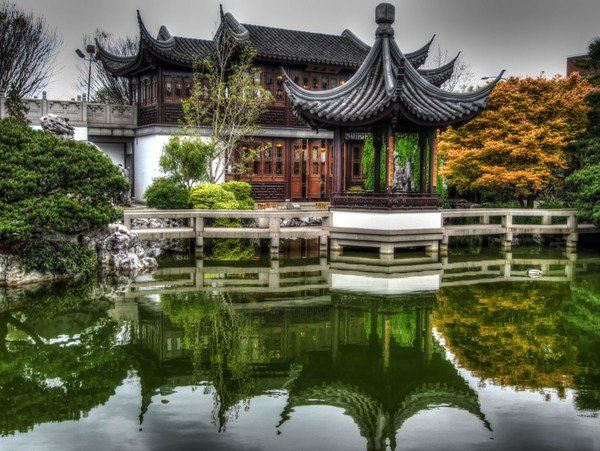 Chinese Garden balance between natural and landscape elements