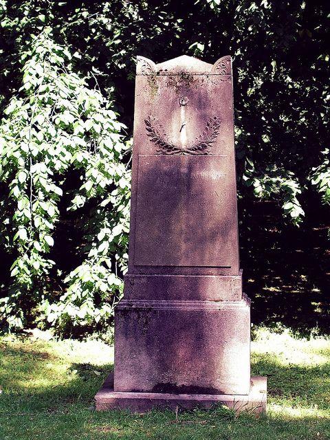 Friedhof Golzheim by christianstobbe, via Flickr