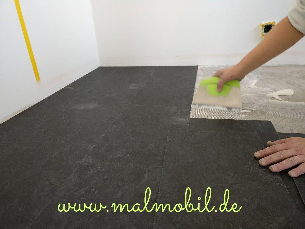 Vinyl Küche detailaufnahme bei der verlegung vinyl designboden schiefer in