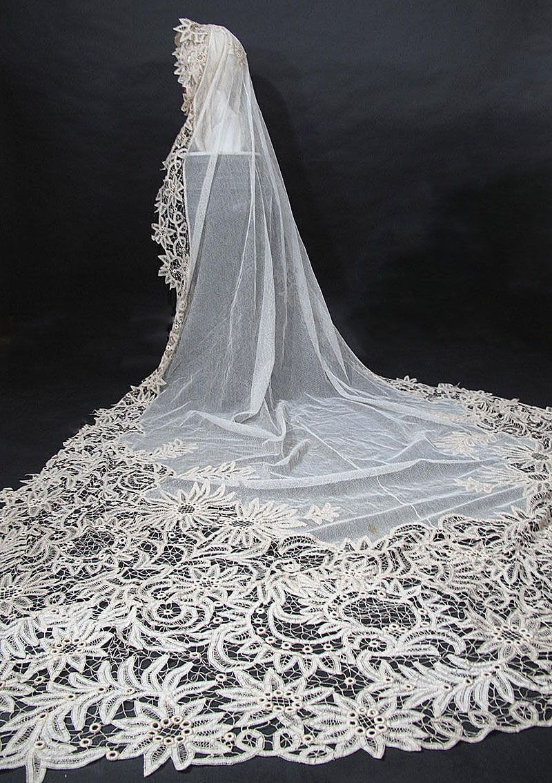 Cathedral Length Bridal Veil: ca. 1900, Battenburg lace, tulle.   my ...