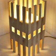 Lampe design  poser en bois de chene hi rise