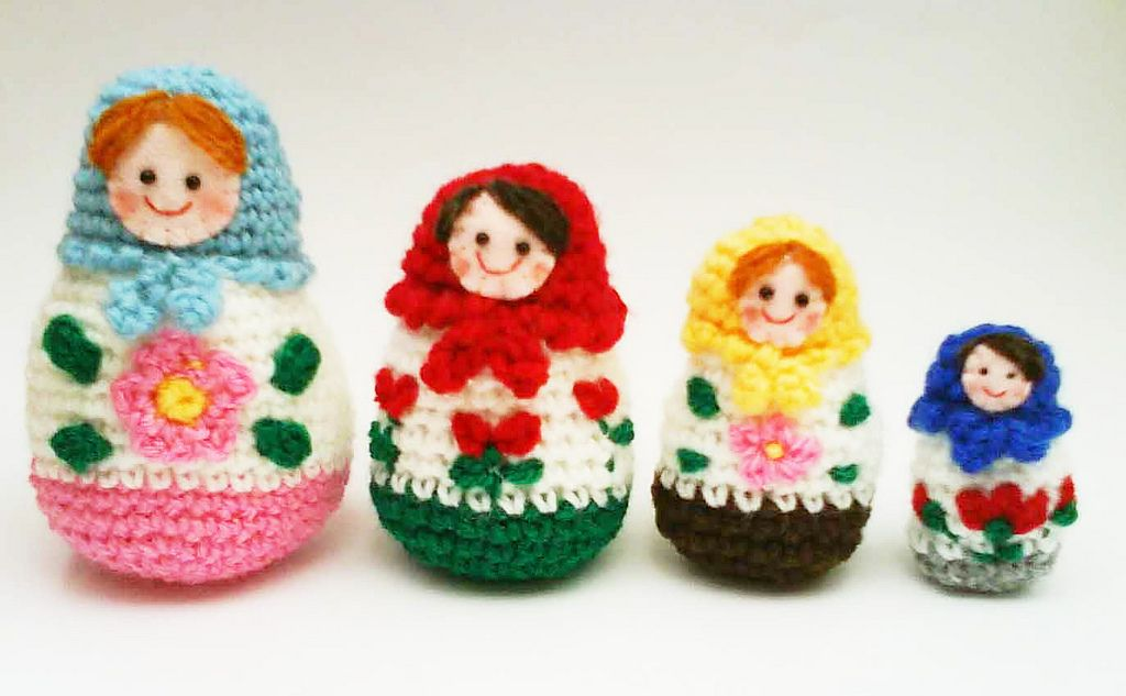 Amigurumi Russian Doll Pattern : Ravelry russian matryoshka amigurumi babushka dolls by jenny