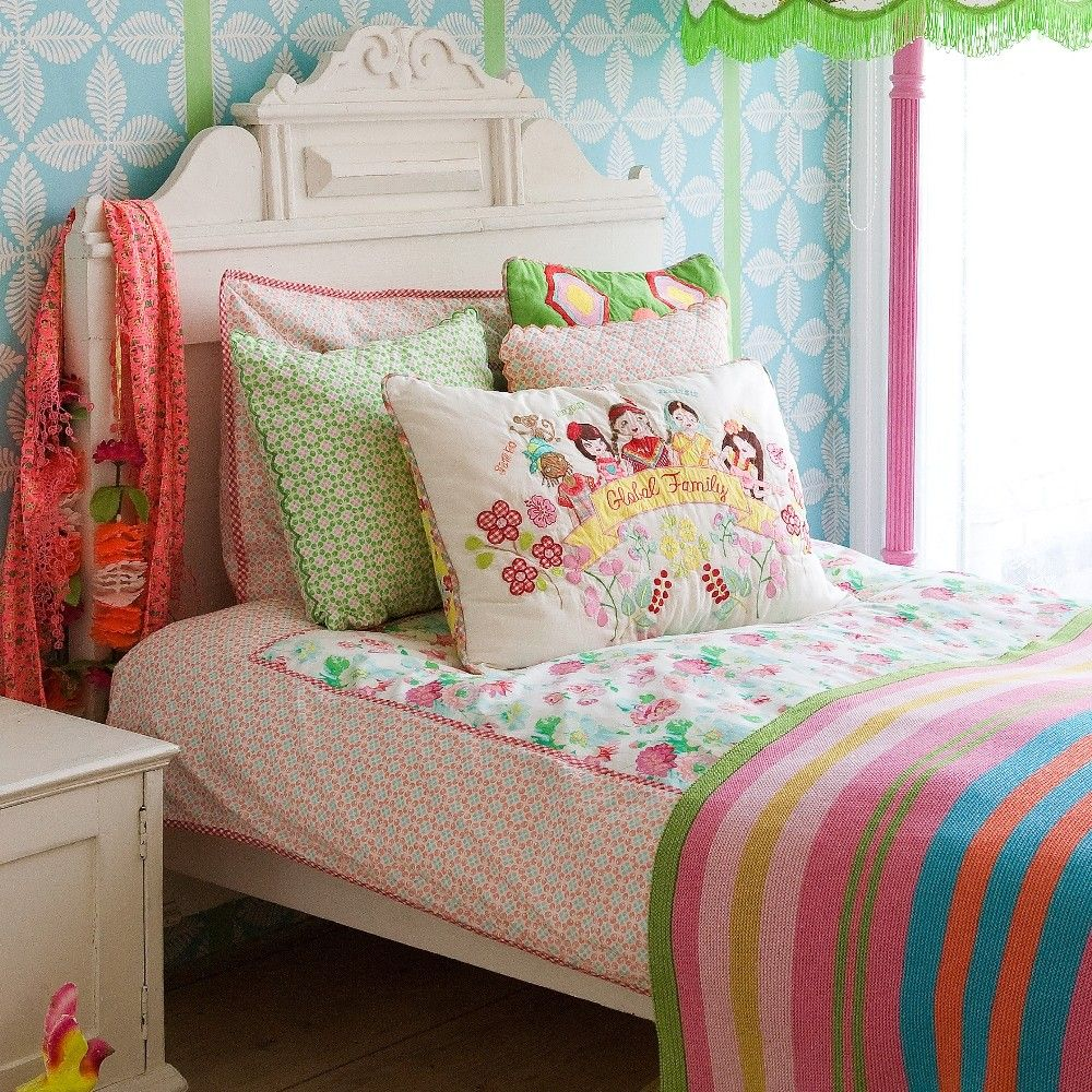 Room seven home sweet home pinterest recamara for Cuartos de ninas feos