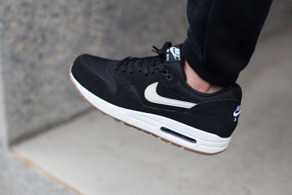 8bfb2d807b14 black and white air max online   OFF65% Discounts