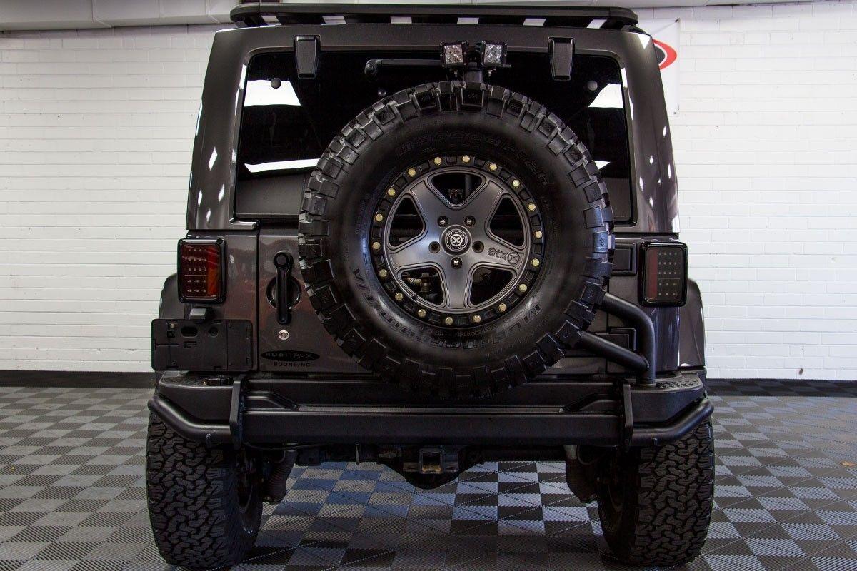 PreOwned 2014 Jeep Wrangler Rubicon Unlimited HEMI