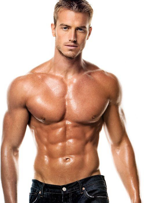 c8b85dcb19dc153ba3af8c4919fc4f9b - How To Get A Body Like A Male Fitness Model