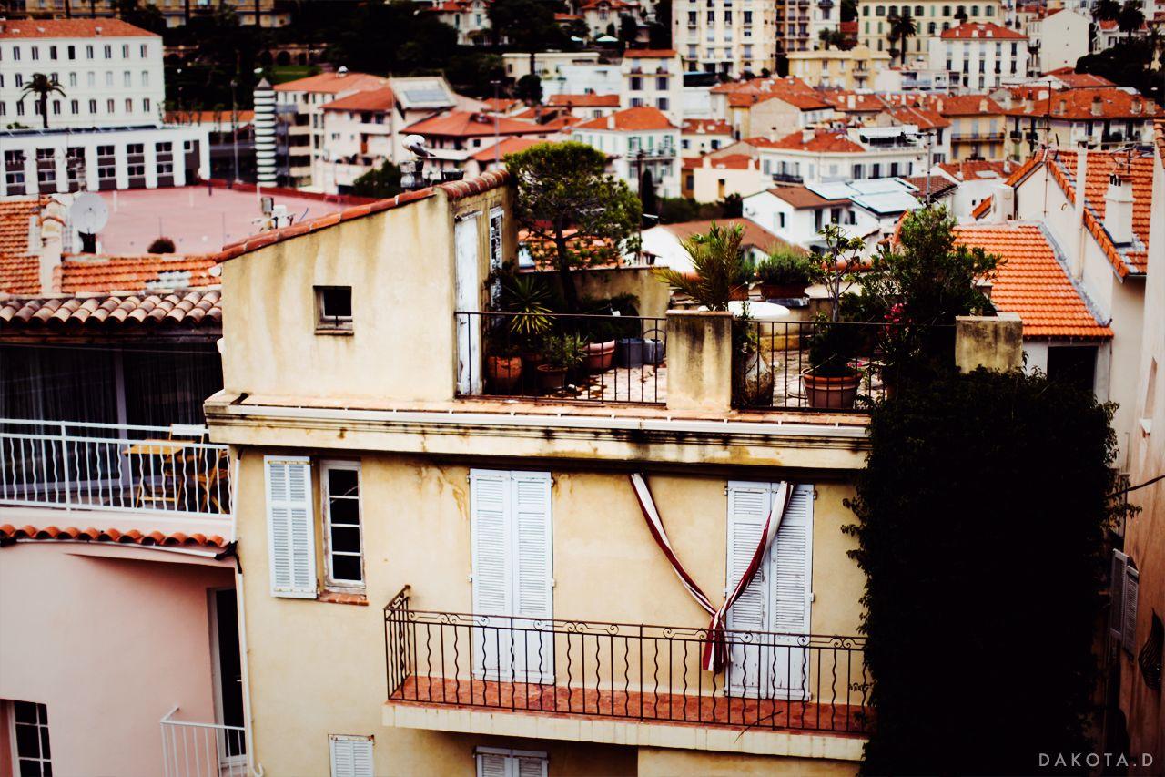 dakotad:Rooftop living. - Cannes, France.