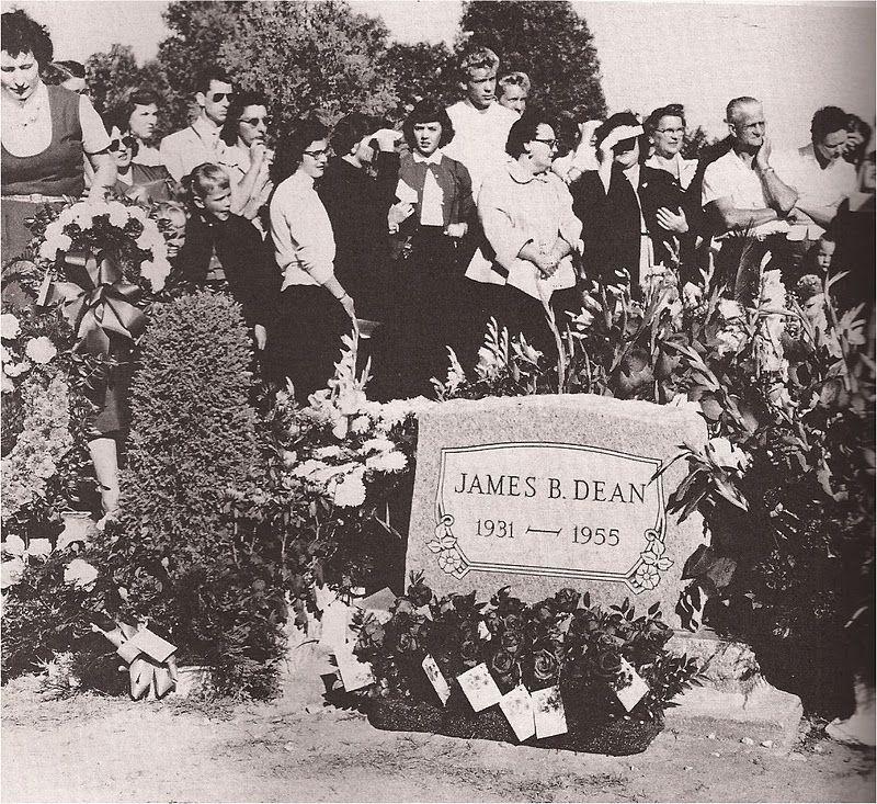 James Dean's grave | james dean | James dean, Jimmy dean, Dean
