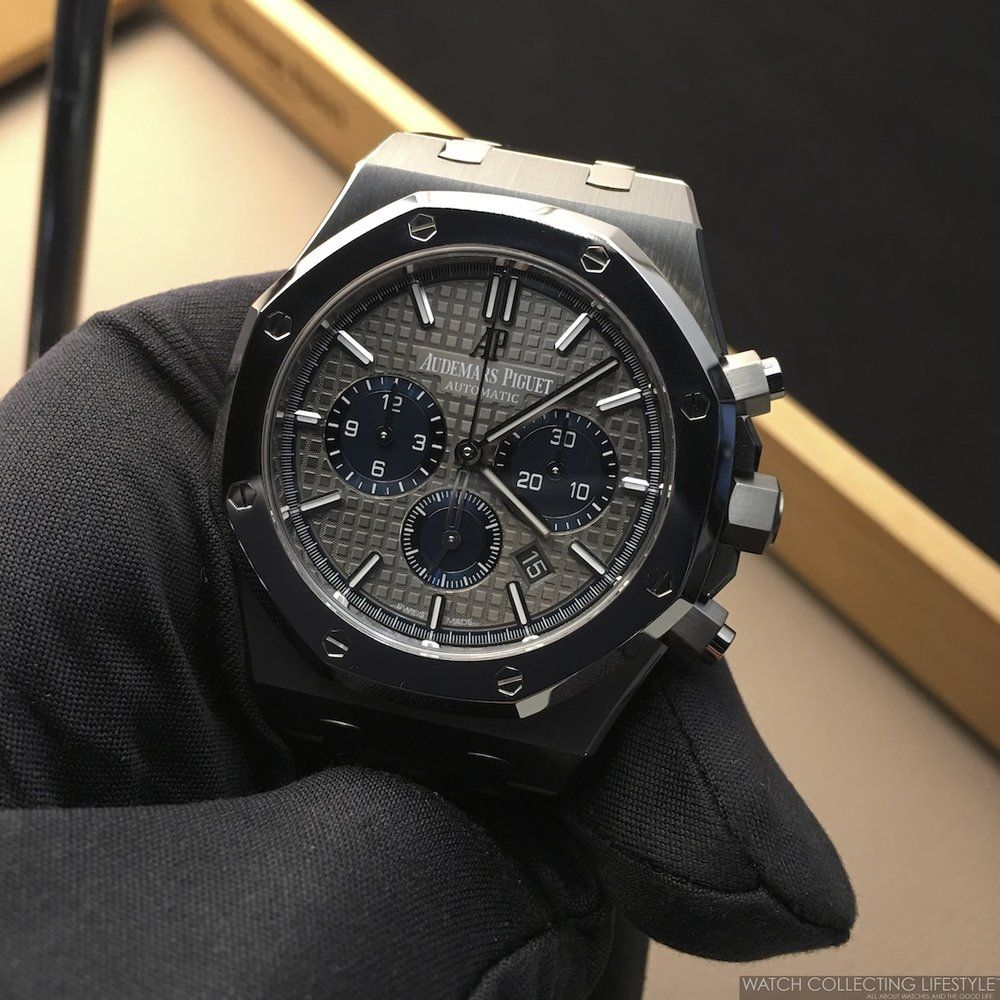 Sihh 2017 Audemars Piguet Royal Oak Chronograph Titanium And Platinum Ref 26331ip Oo 1220ip 01 Hands On Live Pictures Pricing Watch Collecting Lifestyle Audemars Piguet Audemars Piguet Royal Oak Piguet
