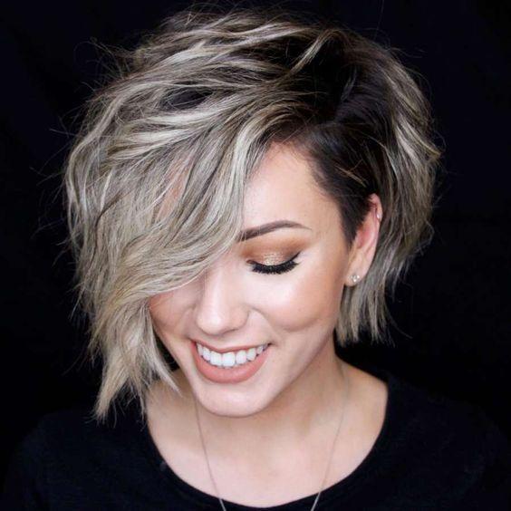 10 Exciting Asymmetrical Lob Haircuts for Women -