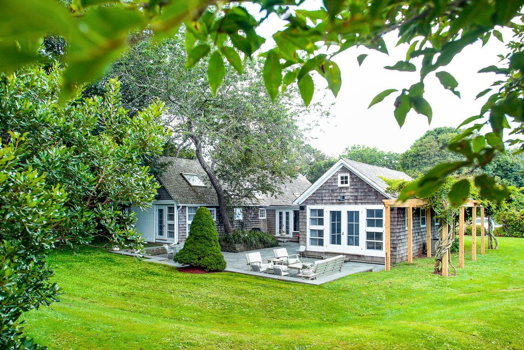 From Barn To Beachhouse Architecture House Exterior Classic House