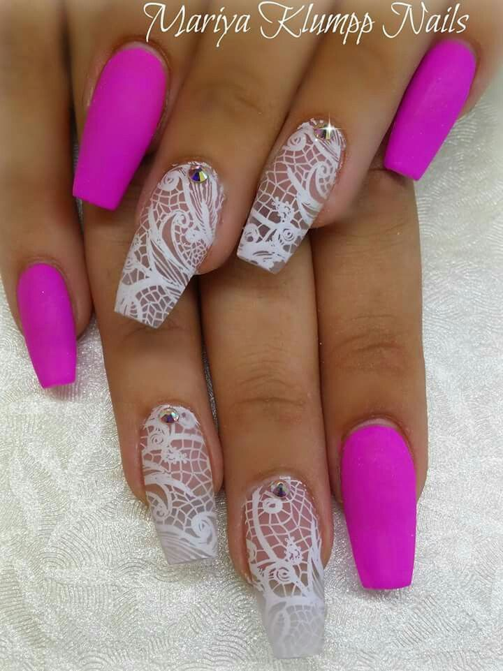 Pink lace nails stiletto and coffins nails for Matt nageldesign