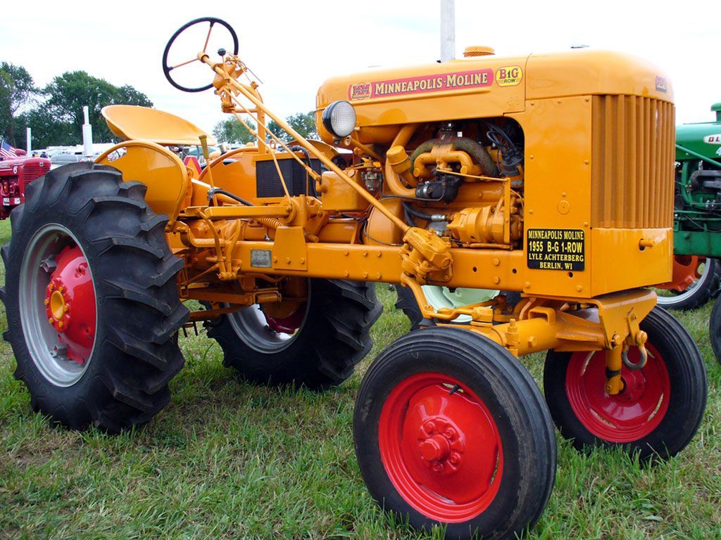Widest Seat Tractors : Minneapolis moline b g wide row crop owned by russell