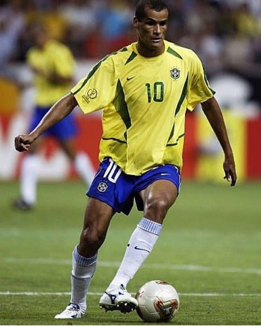 Como Era Bom Jogar Com Esta Camisa E Com Este Numero 10 Era Mais Emocionante Ainda 14 Jogos Em Copas Do Mun Futebol Feminino Brasil Rivaldo Lendas Do Futebol