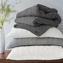 Modern Quilts, Bed Quilts, Quilt Bedding & Bed Blankets | West Elm
