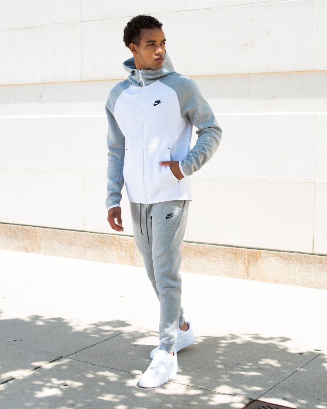 Behind The Scenes By Footlocker In 2020 Nike Tech Fleece Men Nike Clothes Mens Nike Tech Tracksuit