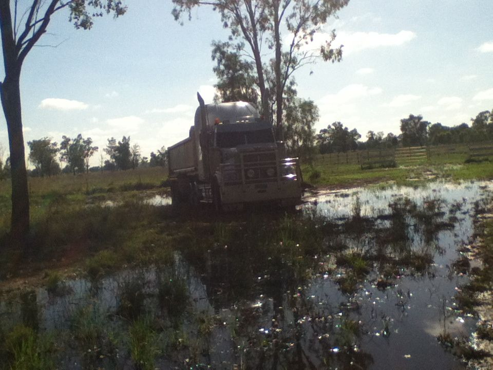 The truck that me and me mate use to drive left her where she is on the Thursday and come back on the Saturday is she was bogged