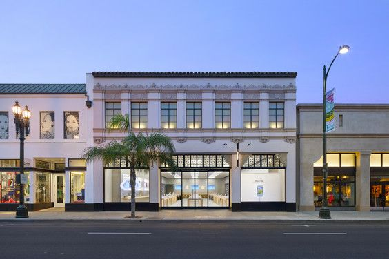 apple retail store in pasadena ca https www facebook com pages
