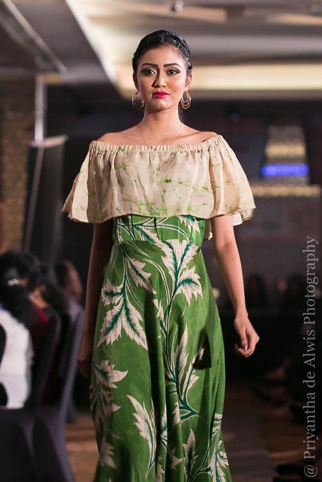 Eric Suriyasena Batik Creations At Fashion Fusion Sri Lanka Batik Dress Batik Fashion Batik Design
