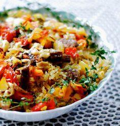 Arroz de Forno Veggie com Cogumelos  https://www.facebook.com/vegetarianossim/photos/a.1433014513624321.1073741828.1432765226982583/1504445283147910/?type=1&theater