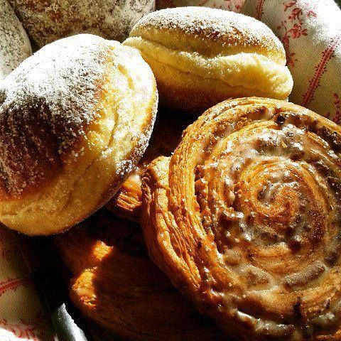 #PIN_IT  Heute Mittag war meine Oma zu Besuch und hat natürlich wie immer was Leckeres mitgebracht http://t.co/tySOkyePSy http://t.co/OpOOFycRrO #PIN_IT #PIN_IT  Follow us and we promise to make you Happy Delicious food to visually stimulate your eyes your mind and your stomach.