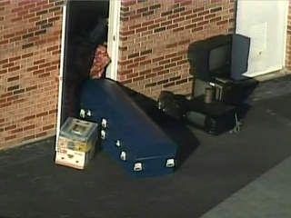 Florida Woman S Body Kept In A Storage Unit For 17 Years Storage Unit Storage Auctions The Unit