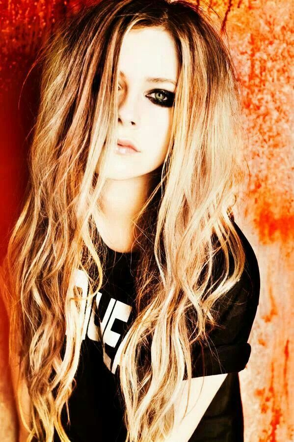 Avril Lavigne Hairstyle Pinterest Avril Lavigne