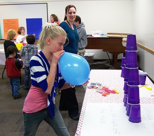 balloon  games  | minute to win it | Thursday, September 29 at 4 PM -- Minute to Win It ...