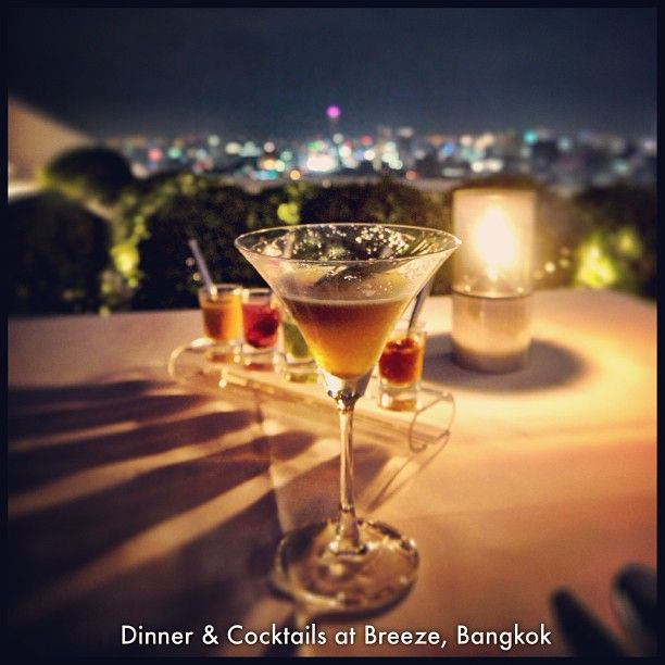 Such a beautiful place to have dinner and drinks... Breeze Restaurant is at Lebua at the State Tower in Bangkok, definitely worth a visit if you're in town! #bangkok #lebua #thailand #cocktails #martinis #statetower