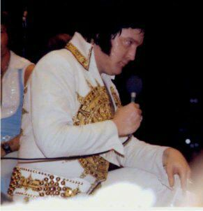 5/20/77: Elvis was at the University of Tennessee in Knoxville, TN. He performed to a crowd of 13,000.